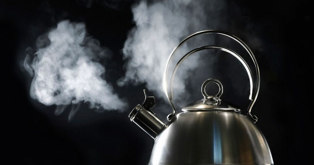 does hot water tighten your vag?